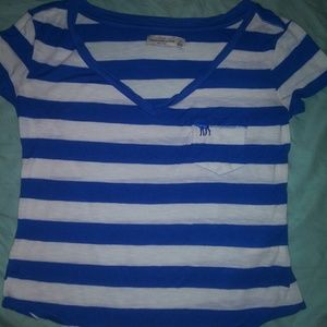 Size xs abercrombie & fitch V-neck shirt